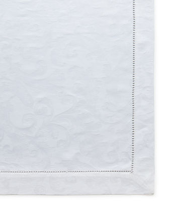 "Plume Jacquard 90"" Round Tablecloth"